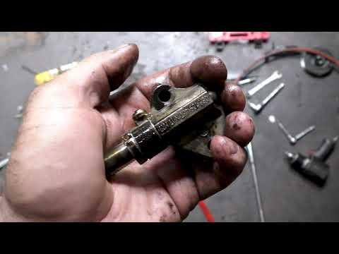 2.0TSi снятие головки блока / 2.0TSi EA888 Damaged Cylinder Head Removal