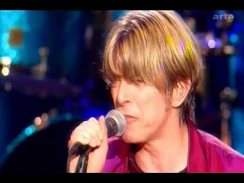 David Bowie - I'm Afraid of Americans (Live)
