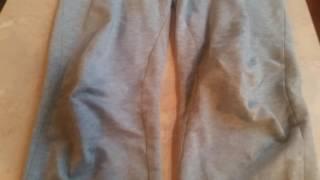 Вытянутые коленки: мужские трикотажные брюки Basic от Faberlic