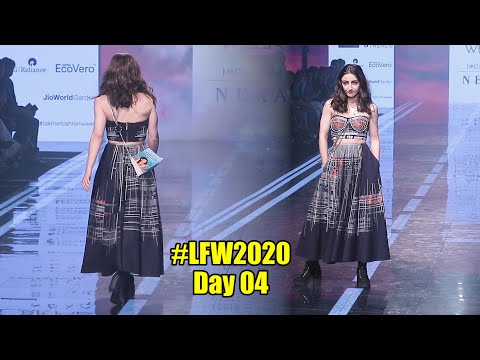 Soha Ali Khan Walks The Ramp At Lakme Fashion Week Summer Resort 2020