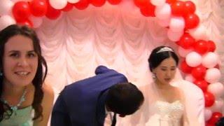Той!!!Русский парень играет на аккордеоне лезгинку,все зажигают на казахской свадьбе