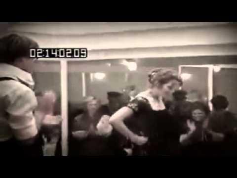 Titanic bailando mesa que mas aplauda youtube for Mesa que mas aplauda