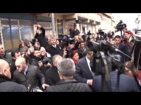 Kılıçdaroğlu, Berkin Elvan'ın baba evinde