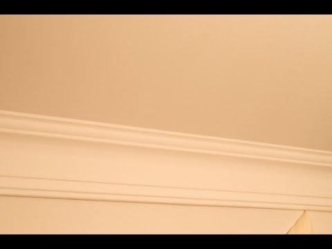 Как покрасить потолочный плинтус без разводов