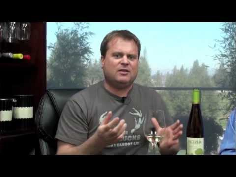 Thumbs Up Wine Review: 2011 Fetzer Gewurztraminer, Two Thumbs Up
