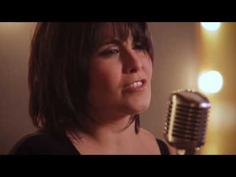 Sabrina Fallah - Hurt (Acoustic Video)