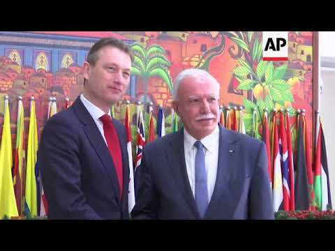 FILE Dutch foreign minister quits after lying about Putin meeting