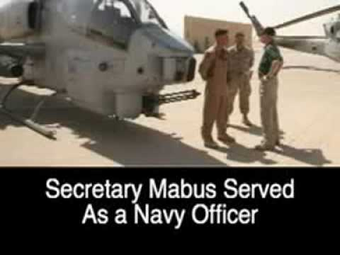 The Secretary of the Navy Visits Iraq