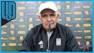 Ricardo Ferretti, director técnico de Tigres, negó que haya pedido que hayan sacado a un aficionado en el juego contra el América. El brasileño, eso sí, dijo que está acostumbrado a las mentadas de madre.  #Tigres #Tuca #LigaMX