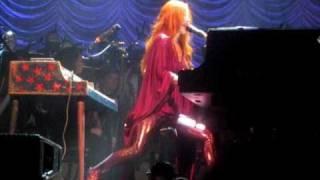 Tori Amos + The Metropole Orchestra - Flying Dutchman, Amsterdam 8 October 2010