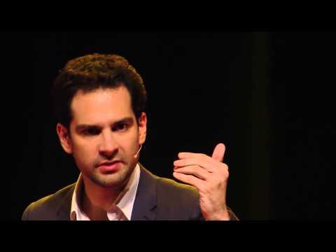 Quand un mentaliste fausse nos prises de décision   Rémi Larrousse   TEDxVaugirardRoad