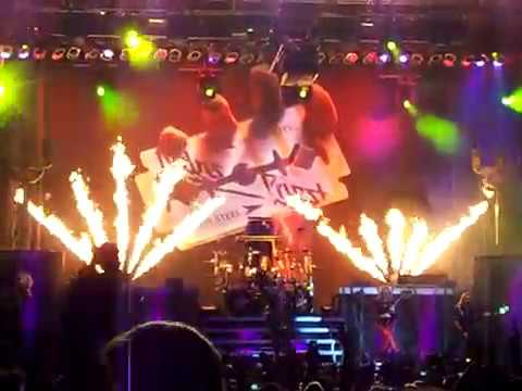 Judas Priest - Breaking the law (25 Sept. 2011 - Caracas, Venezuela)