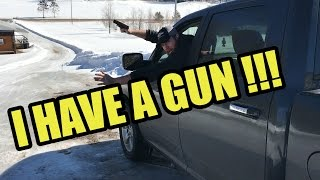 Reacting to the Police When Carrying a Concealed Weapon