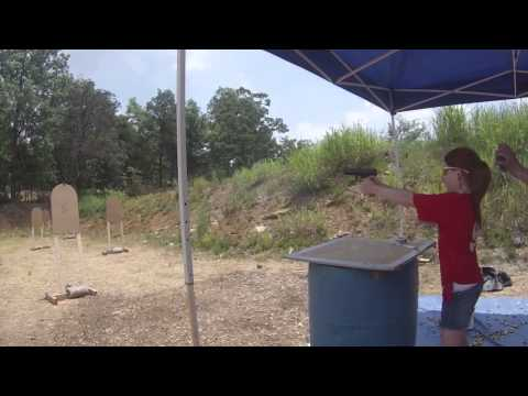 My 11 year old shooting 5 to Glock string