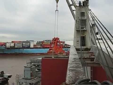 SHIPS CRANE FAILURE - Marine Engineering Survey MARITIME CONSULTANTS AUSTRALIA PTY LTD