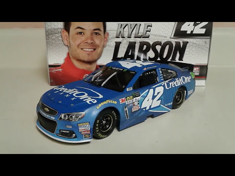 Diecast review #10 2017 Kyle Larson Credit one bank Chevrolet SS