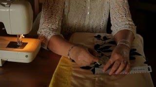 """Декоративная наволочка """"с ушками"""" на подушку своими руками (как сшить подушку - мастер класс).(Подписывайтесь на наш канал, чтобы не пропустить новые видео по текстильному дизайну: http://www.youtube.com/channel/UCQ5C0U_..., 2015-12-10T04:54:02.000Z)"""