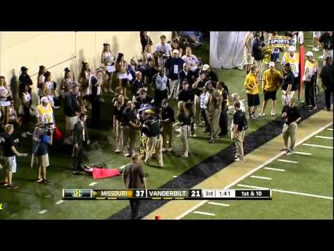 Vanderbilt - Marcus Murphy Takes Out Security Guard