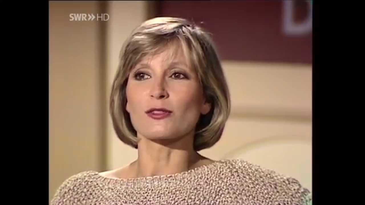 Susanne Uhlen 알몸의 896