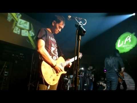 Andra And The BackBone _Instrumen_