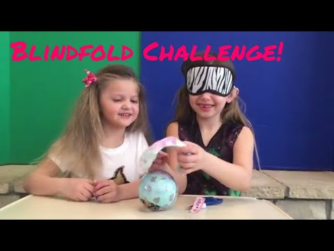 😍 LOL Surprise Blindfold Challenge!!! Unboxing Series 1 Dolls! 😊