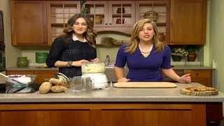 Chanukkah Quick Tip- H๐w to Grate Potatoes {News12 Connecticut}