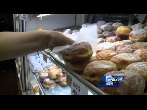 Milwaukee celebrates Fat Tuesday with Paczkis
