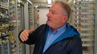 Technik Einblick in PoP-Hauptverteiler von Deutsche Glasfaser
