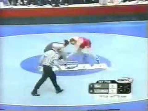 2002 NCAA: Cael Sanderson (Iowa St) vs Jon Trenge (Leh) Pt 1