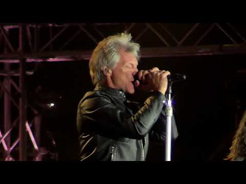 Bon Jovi -This house is not for sale, Chile 2017.