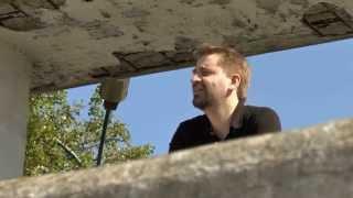 Johannes Mueller — Mastiku la fendojn