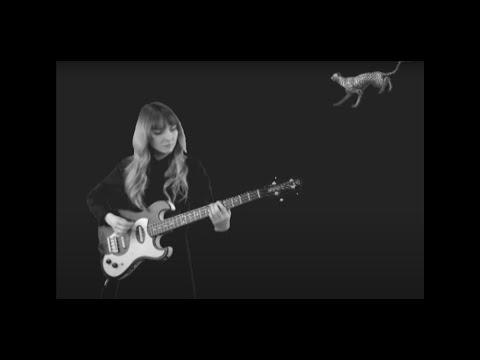 Клип Motorama - Young River
