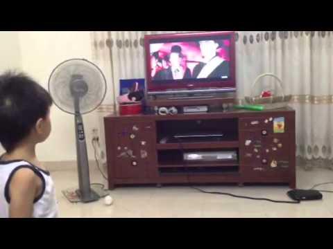 múa sư tử 2012 hoàng 4 tuổi