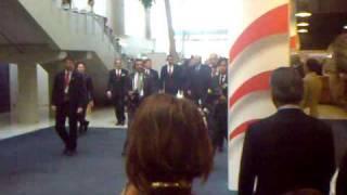 President Barack Obama enteres the Bella Center in Copenhagen thumbnail