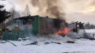 Во Владимирской области сгорел уникальный сельский театр в Фомихе