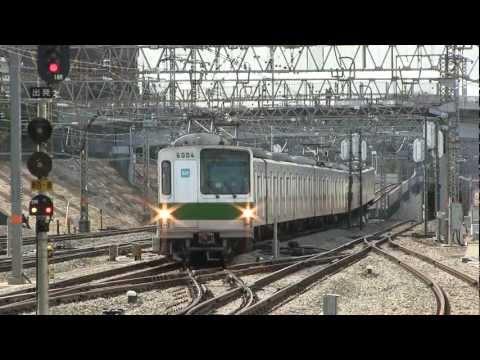 東京メトロ6000系多摩線新百合ヶ丘駅入線シーン