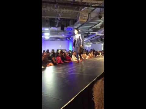 Latino Fashion Week - SARAR