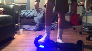 How to get on and off your hoverboard (IO HAWK, PhunkeeDuck, Mini Segway)