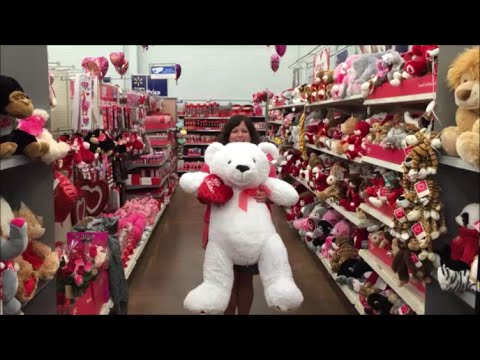 Valentine S Display Aisles In Walmart 2016 Youtube