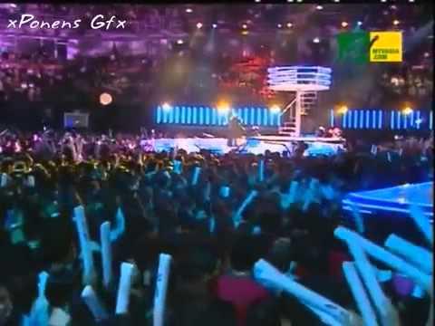 Siti Nurhaliza Seindah Biasa live feat. Alicia Keys respect intro. at MTVAA 2013