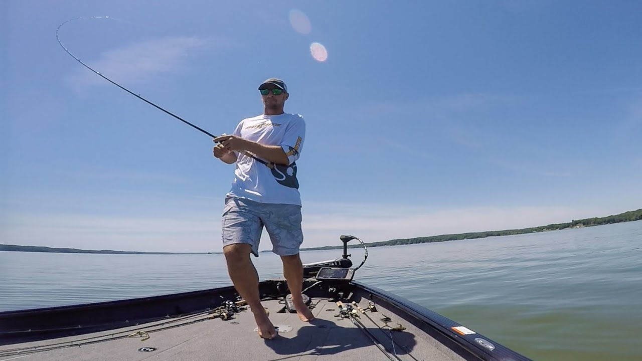 Gussy fishes summertime ledges on kentucky lake youtube for Kentucky out of state fishing license