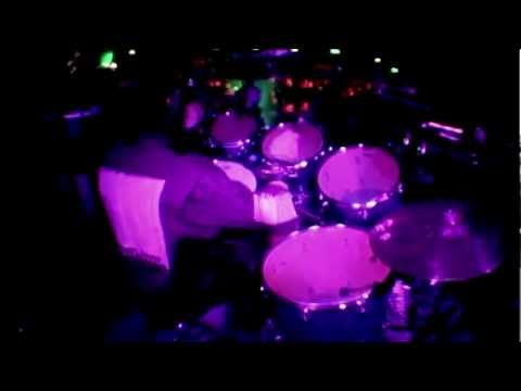 Slipknot: #1 - Antennas To Hell