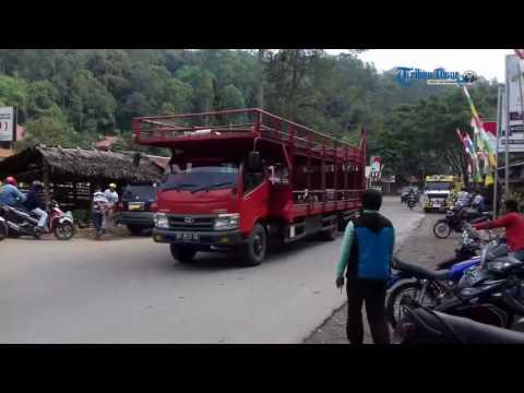 Hati-hati Melintas di Pertigaan Kesu Toraja Utara