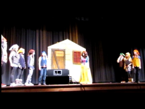 Snow White, the Witch, the Dwarfs and the Zombies - Cashmere Middle School 2017