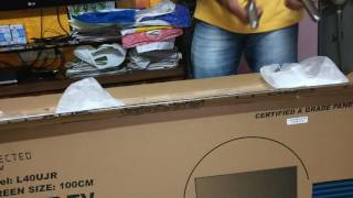 Lloyd 100cm (40) 4k Smart LED L4oUJR unboxing