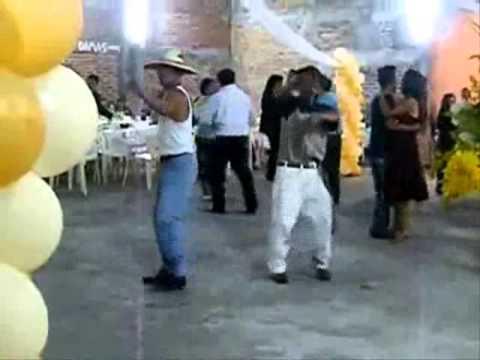 Jose Valenzuela - Estos si que saben divertirse, al baile se va a bailar...