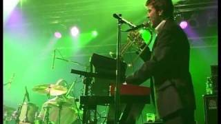 "Fun Lovin' Criminals - ""That Ain't Right"" live in Bulgaria, 2006"