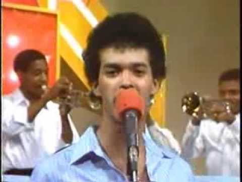 ALEX BUENO (video 80's) – El Principe – MERENGUE CLASICO