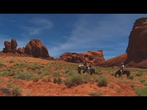 Monument Valley Horseback Tour - Roy's Black Guided Tours - Navajo Tribal Park, AZ