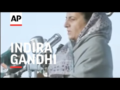 SYND 3-1-72 PRIME MINISTER, INDIRA GANDHI, SPEAKS AT LARGE RALLY